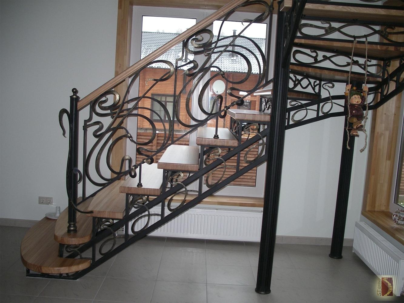 Фото лестницы для дома кованые 3